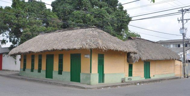 Tras la huella arquitect nica de monter a le forum de darloup sur la colombie - Apartamentos en la palma baratos ...